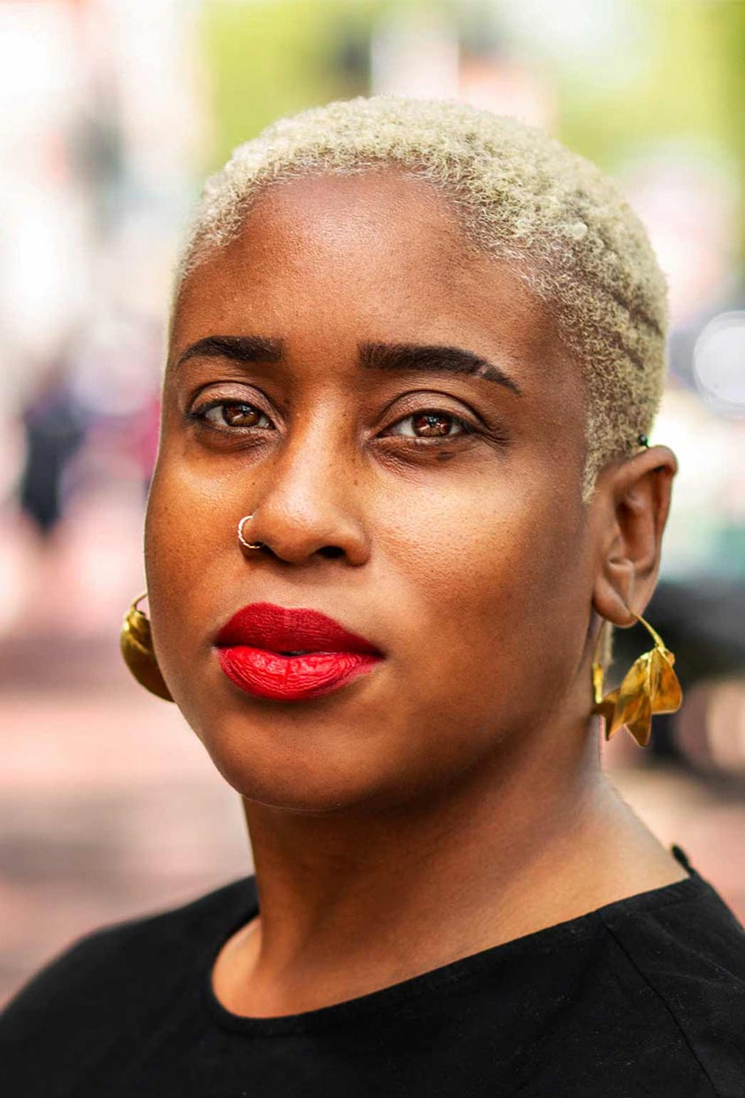 Sherri Nash, a black therapist in Detroit. Working with an LGBTQ black therapist matters when you're struggling with self-worth, identity, transitions, and more. Learn about how LGBTQIA+ counseling in Detroit, MI can help you feel safe and heart.